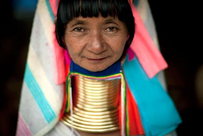 http://chicquero.files.wordpress.com/2012/03/international-womens-day-chicquero-thailand.jpg?w=800