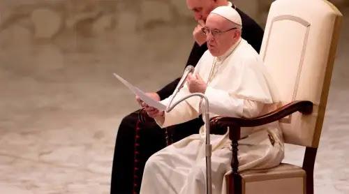 Papa Francisco invita a huir de la hipocresía y pide ser cristianos coherentes y sin falsedad