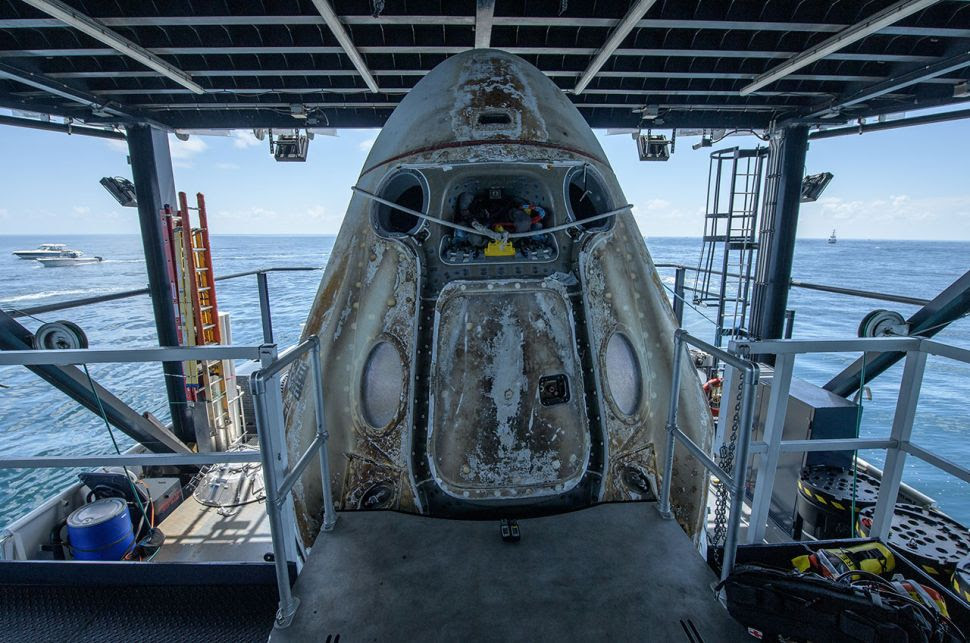 Astronauts: SpaceX capsule could land in Smithsonian, someday