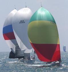 J/125 sailing MEXORC fast!