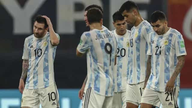 Argentina empata com Chile e perde chance de passar o Brasil nas Eliminatórias