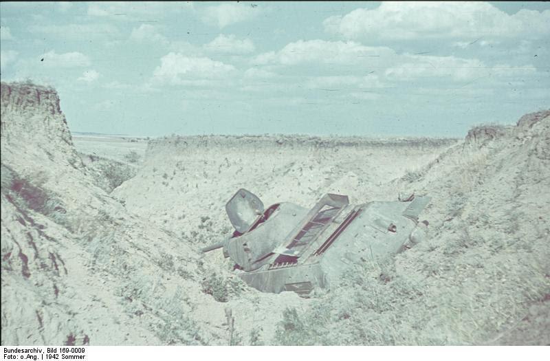 File:Bundesarchiv Bild 169-0009, Sowjetischer Panzer T-34.jpg
