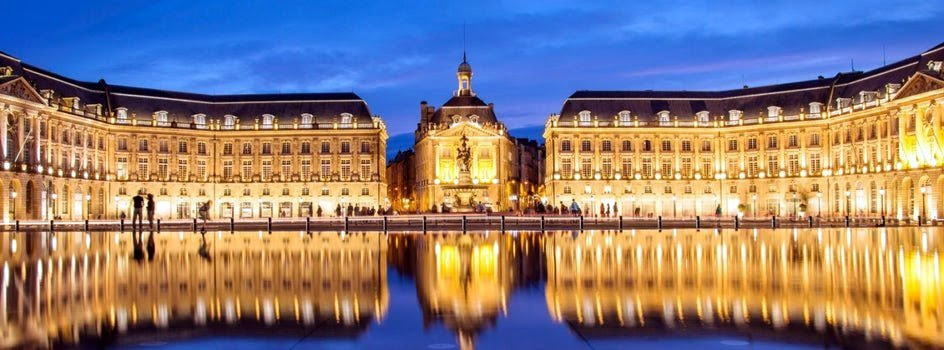 la bourse in bordeaux the water mirror by night jpg header