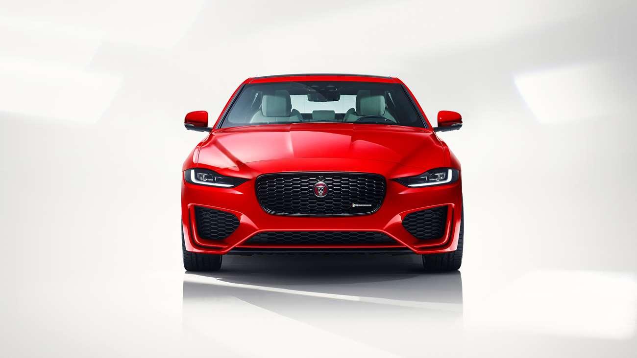Jaguar-XE-2019-Engine-Goodwood-27022019.jpg