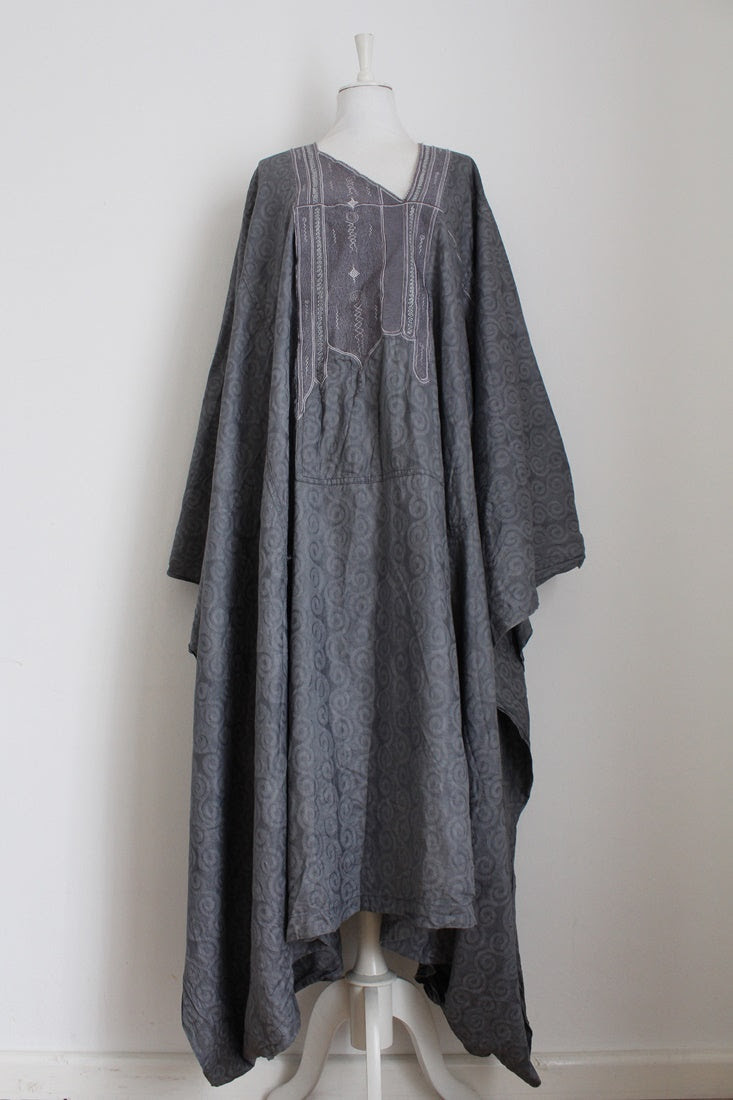 VINTAGE EASTERN EMBROIDERY GREY KAFTAN DRESS - ONE SIZE