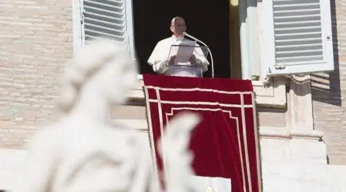 Papa Francisco: Que en el mundo prevalezca la solidaridad y no la guerra ni el odio