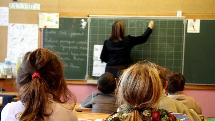 Crise de recrutement chez les enseignants : des centaines de postes non pourvus à la rentrée de septembre