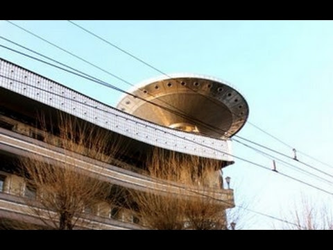 UFO News - Giant Disk Seen Over Melbourne, Australia and MORE Hqdefault