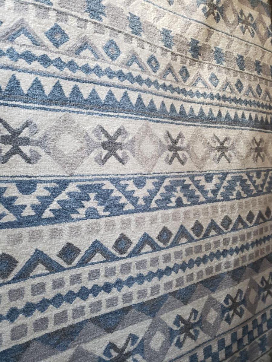 white-blue-grey-southwestern-rug-5x8