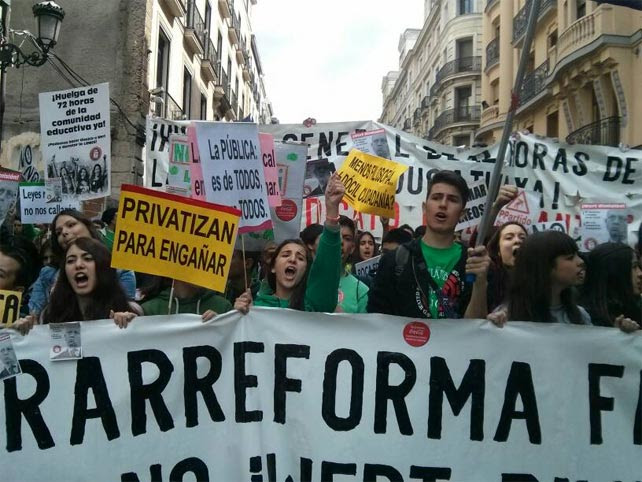 Cabecera de una manifestación de estudiantes en Madrid.