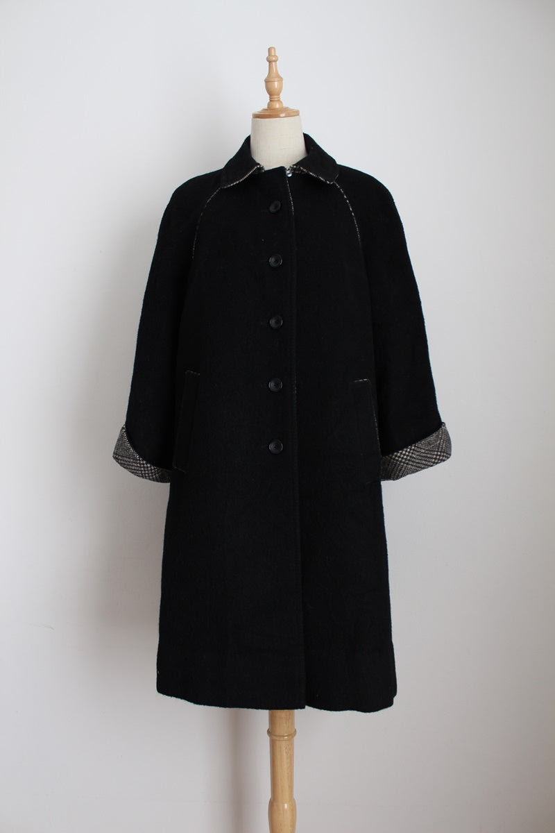 VINTAGE WOOL HOUNDSTOOTH BLACK SWING COAT - SIZE 12