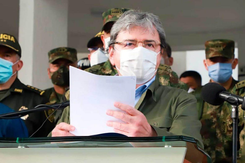 ministro-defensa-carlos-holmes-trujillo-presidenciable-andres-davila-1170x780