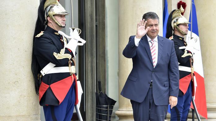 """VIDEO. Le vice-chancelier allemand est """"assez impressionné"""" par la réforme du Code du travail"""