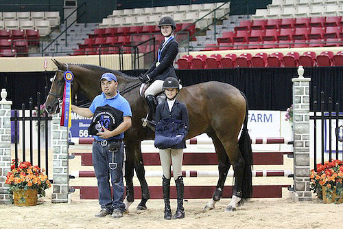 Coco Fath and Chemie Ancar with groom Rene Ochoa and Isabella Russekoff of Suave Pony LLC.