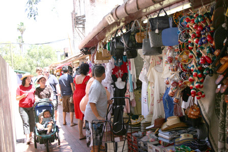 Vendors - La Placita Olvera