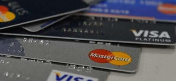 Bancos poderão acelerar redução do limite do cartão de crédito