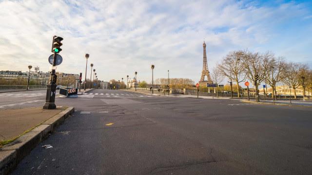 Como Paris, metrópoles devem consolidar mudanças para tirar espaço de carros