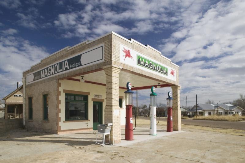 gas_station.jpg