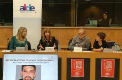 La eurodiputada Teresa Giménez (exUPyD) organiza un acto en la Eurocámara que cuestiona la dimensión de la violencia machista