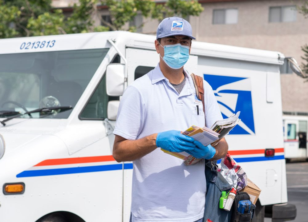 How these heroic postal workers saved people while doing their jobs
