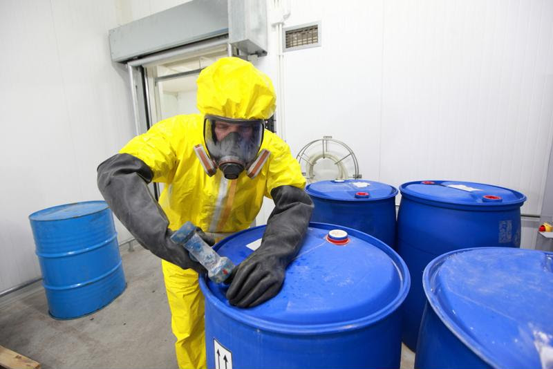 Chemical incident management differs depending on the circumstances.