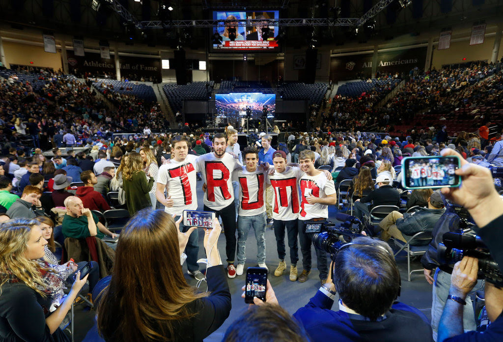 Students at Liberty University awaited the arrival of Donald J. Trump on Monday.