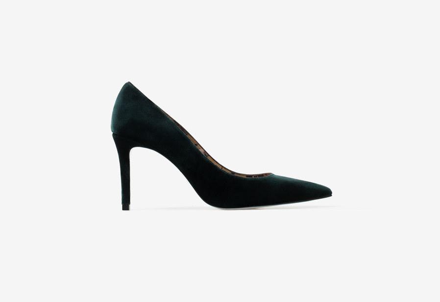 zapato-para-novia-otono-verde-terciopelo-uterque