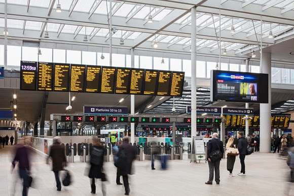 London Bridge goes digital as free Wi-Fi arrives at the station