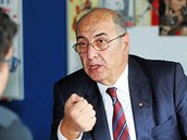 Turecký velvyslanec Ahmet Necati Bigali