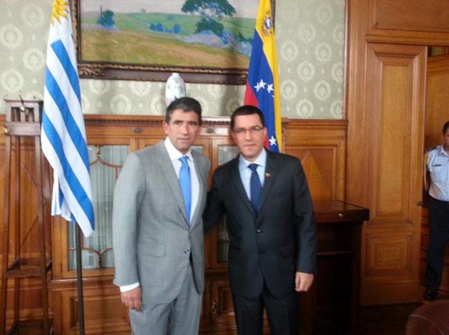 Arreaza se reúne con su homólogo de Uruguay Raúl Sendic