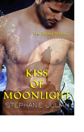 Kiss of Moonlight by Stephanie Julian