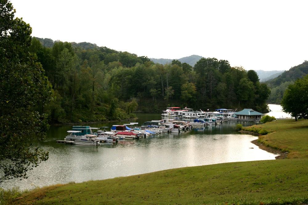 Résultat d'images pour Buckhorn Lake State Resort Park