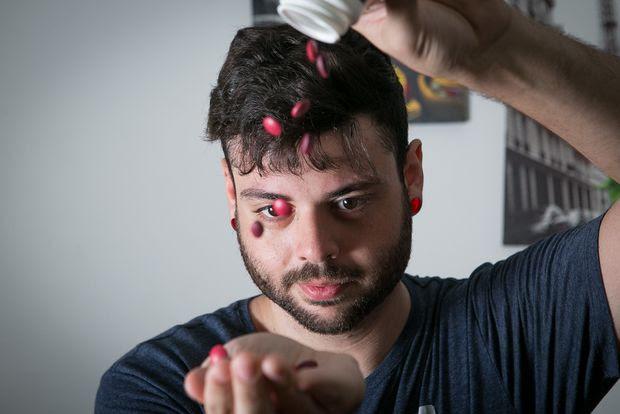 Marcos Vanzillotta, 25, teve deficiência de vitaminas B12 e C