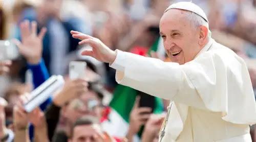 El Papa destaca el profundo sentido religioso de los países africanos