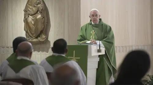 El Papa Francisco explica cómo alcanzar la santidad en la vida cotidiana