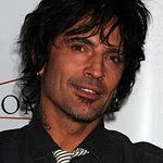 Tommy Lee: Profile