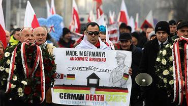 Marsz nacjonalistów w Oświęcimiu.