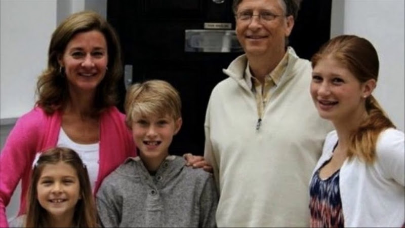 Vì sao tỷ phú Bill Gates từ chối tiêm vắc-xin cho con?.2