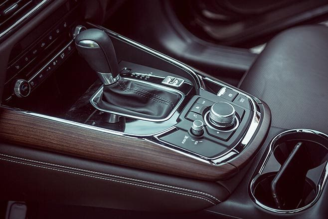 Mazda CX-9 gear shifter