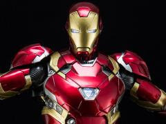 CIVIL WAR 1/9 SCALE IRON MAN MARK XLVI