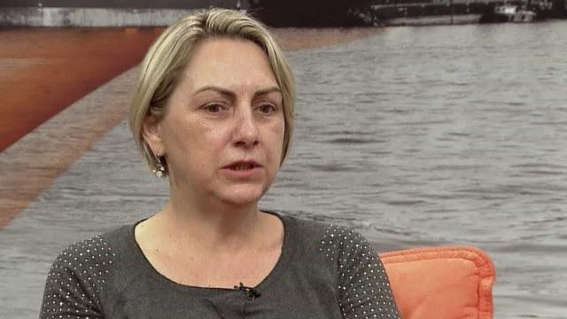 Irmã de Bolsonaro é internada com suspeita de Covid-19 em SP