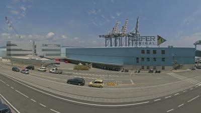 APMT buys biggest reefer terminal in the Mediterranean
