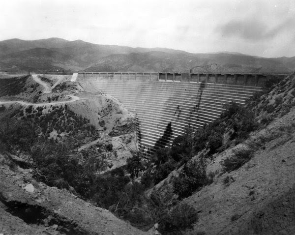 The St. Francis Dam, circa 1927, before it burst.