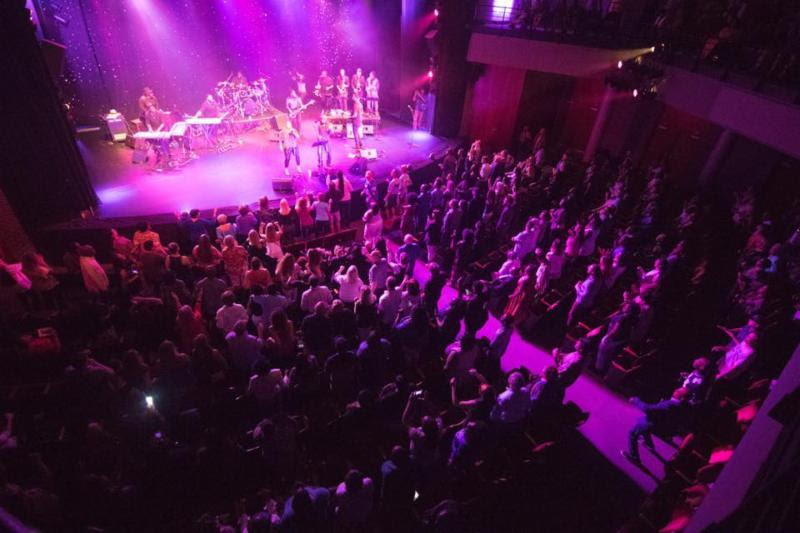 Fine art magazine blog moja arts festival charleston for Jackson galaxy band
