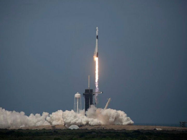 The SpaceX space capsule with NASA astronauts on board arrived safely at the ISS, a landmark mission that ended Russia's monopoly on flights there. Astronauts Doug Hurley and Bob Behnken will remain on the ISS for almost three months in preparation for more missions from the US.