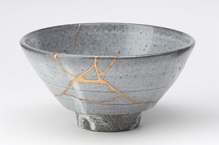 Image result for cracked and gilded Japanese tea bowls
