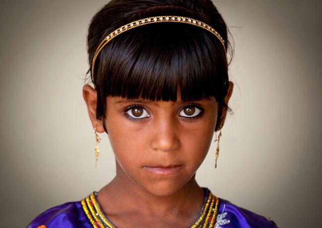 http://chicquero.files.wordpress.com/2012/03/international-womens-day-chicquero-oman.jpg?w=800