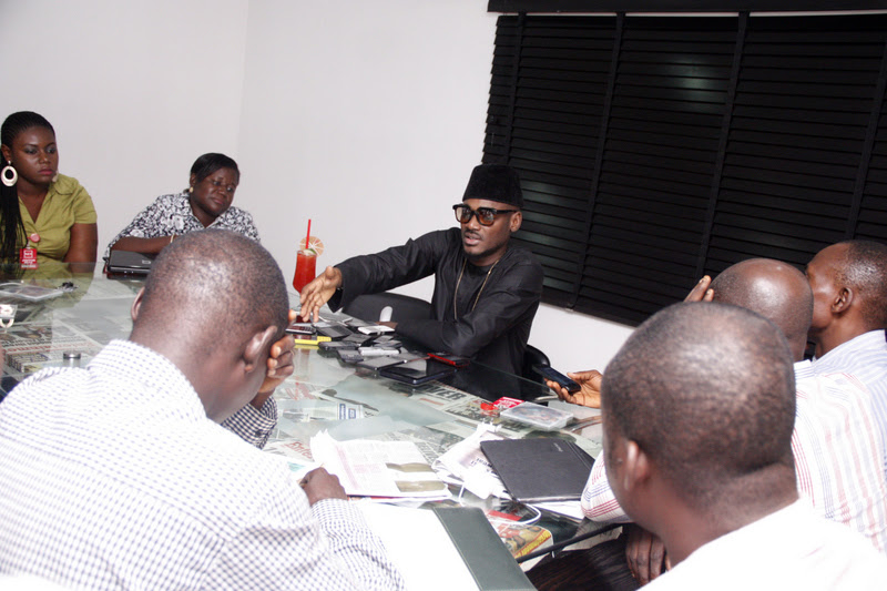 2face with the press