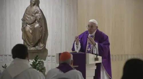 Papa Francisco invita a recordar lo que Dios ha hecho en nuestra vida