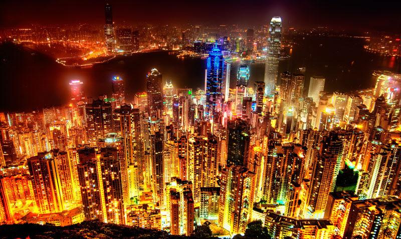 http://twistedsifter.com/2013/08/hong-kong-skyline-at-night-victoria-peak/